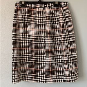 Vintage houndstooth skirt!